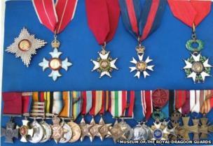_80070954_medals.jpg