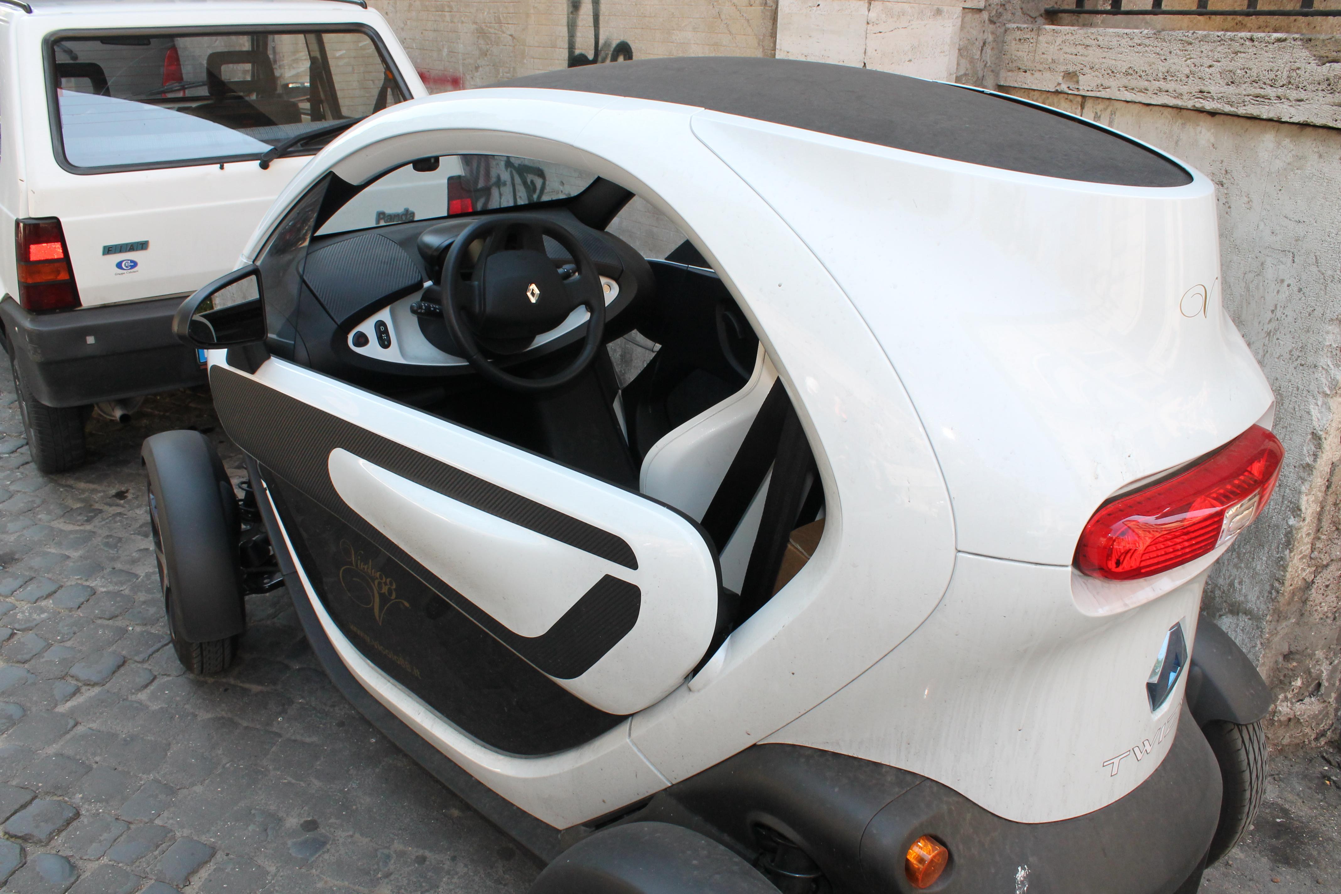 Elio Car Interior .