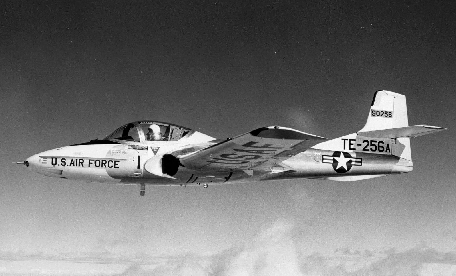 T-37 in Flight.jpg