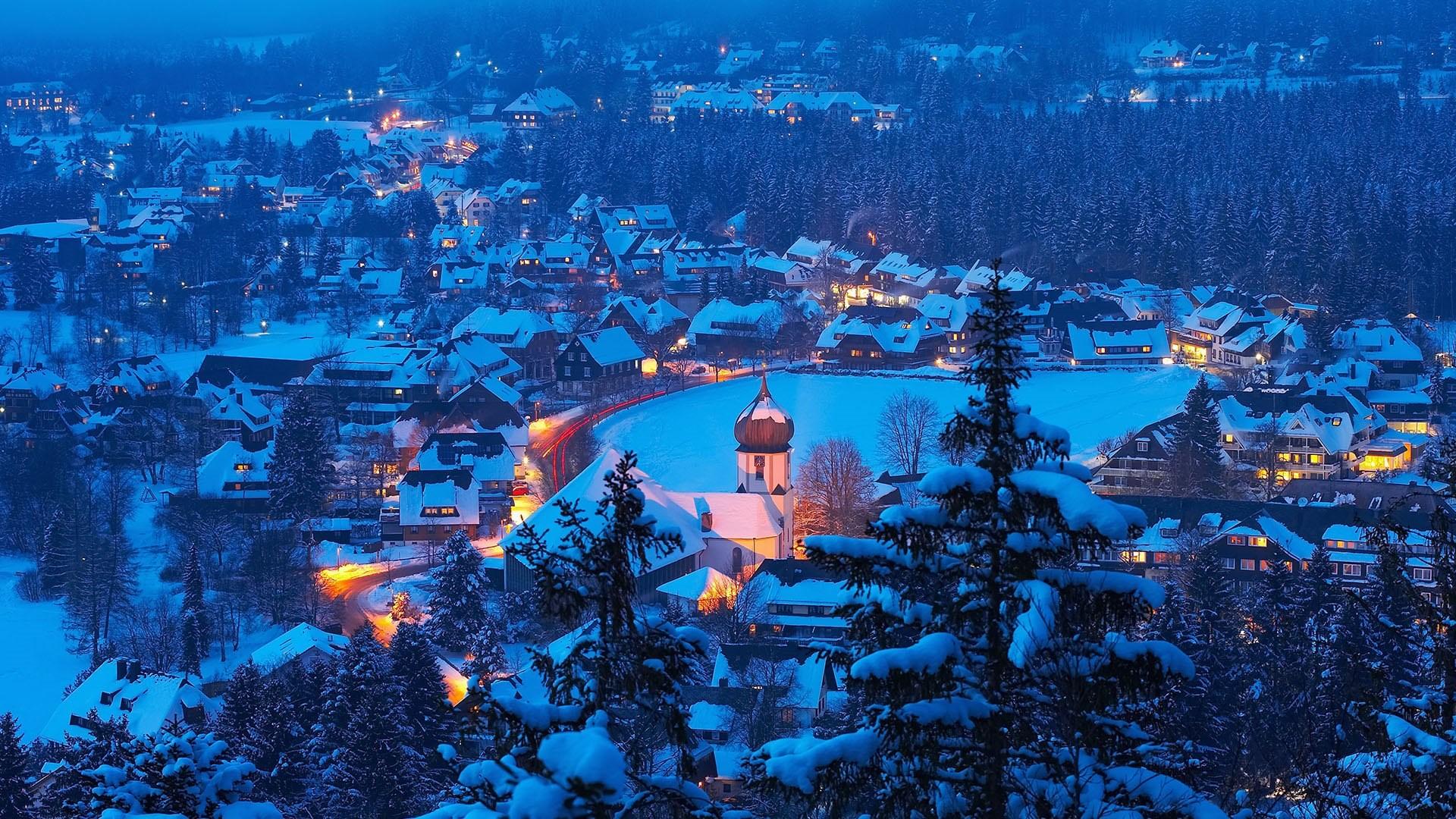 The Black Forest resort village of Hinterzarten, Germany.jpg